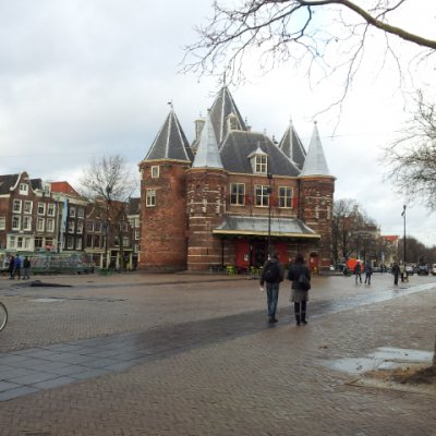 Amsterdam Nieuwmarkt (Yenipazar) Alanı