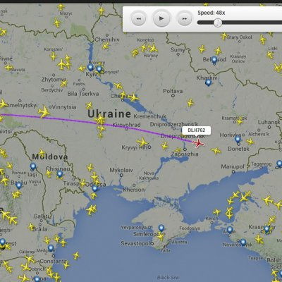 Savaş bölgesi üstünden geçen Lufthansa ve Avusturya havayolları uçakları